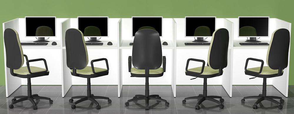 Composicion lineal de muebles call center